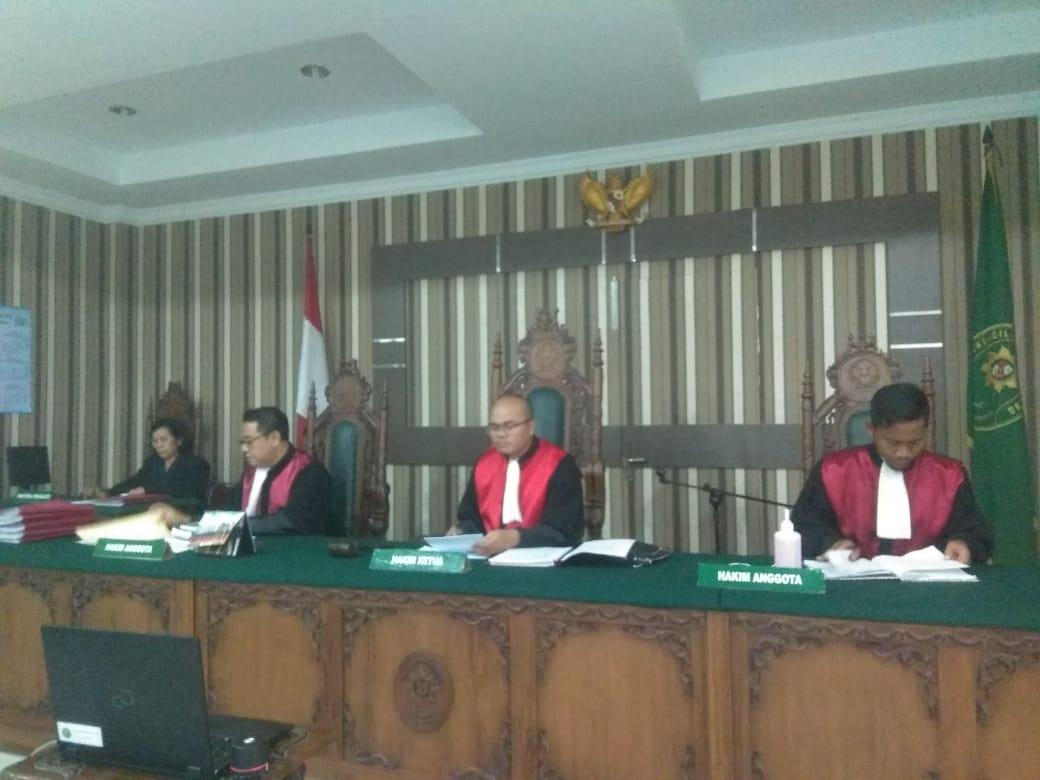Pengadilan Negeri Sintang melaksanakan Sidang Teleconference